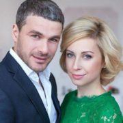 Стала брюнеткою: Тоня Матвієнко кардинально змінила імідж (відео)