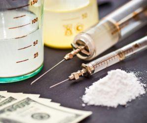 На Коломийщині чоловік зберігав наркотики та психотропні речовини в особливо великих розмірах. ФОТО