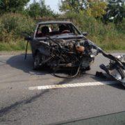 ДТП на Прикарпатті: перекинулась вантажівка, розбитий легковик. ВІДЕО