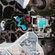 Члeни комісії, яка визначає відповідальність прокурорам, обзавелись маєтками під Києвом та апартаментами в США