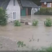 Води по вікна. Сильні опади наробили біди на Калущині. ВІДЕО