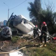 Масштабна аварія: водій помер, п'ятеро осіб травмовані. ФОТО/ВІДЕО