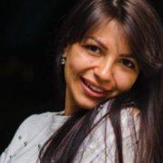 Зникла вчора в Одесі 23-річна Олена Балан може бути дружиною депутата