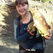 У Карпатах знайшли велетенський білий гриб, вагою 2,4 кг. ФОТОФАКТ