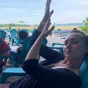 Віддавши доньку Кличкові, Пенетьєрі пустилася берега