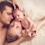 Зрадила чоловіка заради дитини і кандидатуру коханця обирали разом