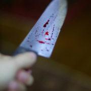 У Тернополі 28-річний чоловік, заступившись за жінку, порізав 54-річного суперника