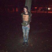 У Харкові прив'язали до дерева злодія, якого постійно відпускала поліція – соцмережі
