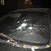 У Львові п'яний чоловік влаштував стрілянину по автомобілях (фото)