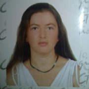 На Прикарпатті зникла 31-річна жінка (ФОТО)