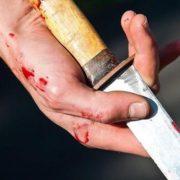 Різдвяне диво: Молодий прикарпатець вийшов з коми після 25 ножових поранень