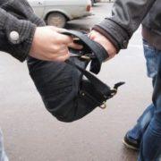 В Івано-Франківську засудили неповнолітнього, бо він грабував перехожих