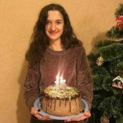 На Прикарпатті розшукують 15-річну дівчину, яка зникла сьогодні вранці (ФОТО)