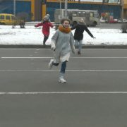 """""""Біжи або помри"""": нова небезпечна """"розвага"""" для дітей (фото)"""