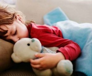 Чому в 21:30 діти зобов'язані вже спати? Перше правило для батьків