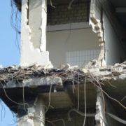 У Стамбулі обрушилася житлова восьмиповерхівка: момент трагедії потрапив на відео
