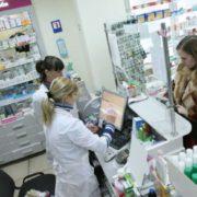 До жінок і чоловіків різні підходи: як фармацевти обманюють покупців