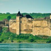 10 мальовничих сіл Західної України, де варто побувати