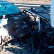 Вантажівка протаранила легковий автомобіль, є жертви