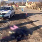 Смертельна аварія на Прикарпатті – під колесами автобуса загинула 37-річна жінка