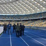 """Дебати Порошенка і Зеленського на """"Олімпійському"""": де і коли дивитися (відео)"""