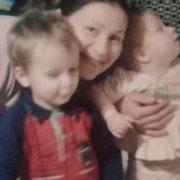Їхала у Почаївську Лавру: поліція розшукує жінку, котра зникла з двома дітьми