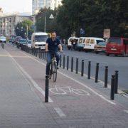 Руслан Марцінків приїхав на роботу на велосипеді Руслан Марцінків приїхав на роботу на велосипеді (ФОТО)
