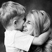 Дбайлива мама – психологічний вампір