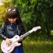10 речей, яких дитина повинна навчитися в дитинстві, щоб стати щасливим дорослим