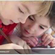 Чому не потрібно допомагати дитині робити домашні завдання