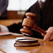 Суд поновив на посаді скандальну прикарпатську ексчиновницю та зобов'язав компенсувати їй 200 тисяч гривень