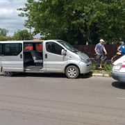 У Калуші автівка збила 14-річного велосипедиста