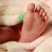 Жінка повернулася за немовлям, якого залишила в пологовому будинку