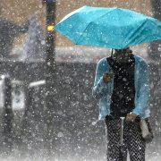Сильний дощ, вітер і підйом води. На Прикарпаття суне негода