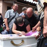 У Переяславі-Хмельницькому поховали 5-річного хлопчика, якого застрелили копи (фото)