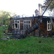 На Калущині через коротке замикання спалахнув будинок