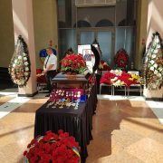 У Києві сотні людей прийшли попрощатися з Романом Вірастюком (фото)