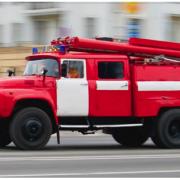 У Тисменицькому районі на дорозі горіла вантажівка