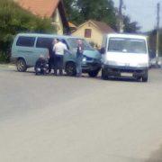 У Калуші на перехресті зіткнулися два автомобілі. ФОТО