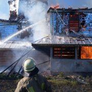 На Івано-Франківщині згоріла старовинна дерев'яна церква (ФОТО)
