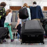 Трудова міграція: чому прикарпатці масово виїжджають за кордон і чи вдасться зупинити потік кадрів? (відео)