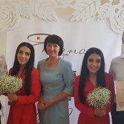 Незвичне весілля. У Калуші дві сестри-близнючки одружилися в один день (ФОТО)