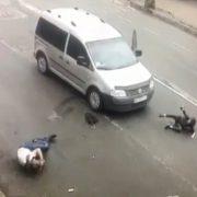 Не намагався гальмувати: у Коломиї Фольксваген на переході збив чоловіка і дитину