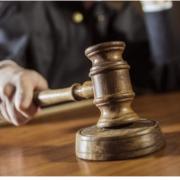 Від 5 до 10 років: тисменицьких поліцейських-хабарників судитимуть