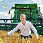 """Фермер з """"КоломОйського району"""" підтримав скандальний закон про продаж землі іноземцям"""