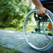 Приватних перевізників зобов'яжуть пристосувати маршрутки для проїзду людей з інвалідністю