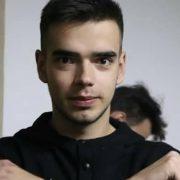 Франківський письменник Євген Баран просить допомогти вилікувати сина