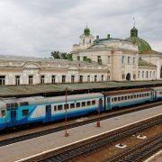 В Івано-Франківську тернополянина не впустили у вагон через українську мову