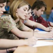 Зеленський підготував нові зміни для студентів