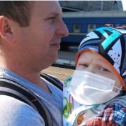 Однорічному малюку з Івано-Франківська потрібна допомога, щоб здолати рак